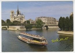 {60125} 75 Paris Notre Dame Et L' Ile De La Cité ; Bateau Mouche - Notre Dame De Paris
