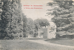 MONT CAUVAIRE Collège De Normandie L'allée Des Pommiers - Altri Comuni
