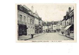 Cpa - 21 - Semur En Auxois - Côte D'Or - Rue De La Liberté - Magasin BOMPARD Pompe Essence CITROËN Bicyclette Café - Semur