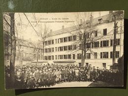 SEDAN-Ecole Du Centre Cours D'Enseignement Primaire Supérieur - Sedan