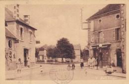 Vienne - Le Puye - Le Champ De Foire - France