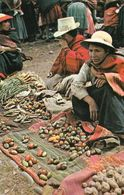 1 AK Peru * Ein Traditioneller Markt In Pisac * - Peru