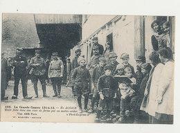 67 EN ALSACE ECOLE FAITE DANS UNE COUR DE FERME PAR UN MAITRE SOLDAT CPA BON ETAT - France