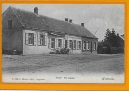 WESTMALLE-MALLE:  HOELEN- HOTEL DE LEEUW-MET VOLK - Malle