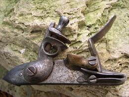 Platine De Pistolet De Marine 1779, 2 Iem Type - Decorative Weapons