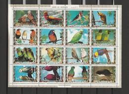 Umm Al Qiwain - 2 Feuillets De 16 Timbres Les Oiseaux Exotiques Année 1972 Mi 1242 à 1257 Et 1402 à 1418 - Umm Al-Qiwain