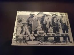 Rare Cpa Fabricants De Fromages Et Charbonniers - Luchon
