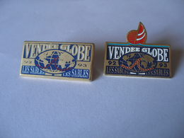 2 Pin's VOILIER VENDEE GLOBE - Boats