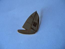 BATEAU VOILIER CAISSE EPARGNE - Boats