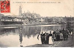 PERIGUEUX - Panorama De La Ville Et Cathédrale Saint Front - Très Bon état - Périgueux
