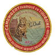 ETIQUETTE De FROMAGE..CAMEMBERT Fabriqué En TOURAINE..Vallée De La Claise..Le Chat..Laiterie Couvent De RIVES-ABILLY (37 - Kaas