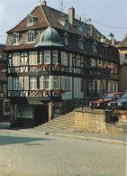 Bas Rhin ,barr ,maison A Colombage Place De L Hotel De Ville - Barr