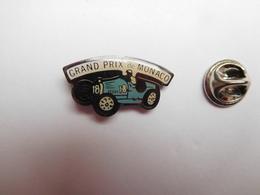 Beau Pin's , Auto , Voiture Ancienne , Grand Prix De Monaco - Pin's