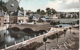 61  - Carte Postale Semi Moderne Dentelée De  PUTANGES  Le Pont Sur L'Orne - Putanges