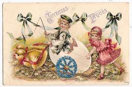 CPA Joyeuses Pâques  Enfants Fillettes Filles Carte Gaufrée - Pâques