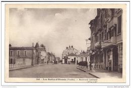 CPA 85 Les Sables D'Olonne Boulevard Castelnau - Sables D'Olonne