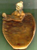 """Vide Poche En Bronze."""" Le Premier Pressoir """" Maison MARMONNIER & Fils.LYON.150 X 105 Mm. - Bronzes"""