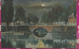 D77 - MELUN- L'Embarcadère De L'Almon Et Le Pont  (La Nuit Sous La Lune) - Melun