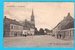 CPA SYSSEELE : Dorpplaats - :animée Geanimeerd - RARE ZELDZAAM - Circ En 1908 - Edit. Van Den Bon En Blomme - 2 Scans - Damme