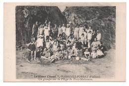 """29. 809/ """"Le Vieux Chatel"""" PLONEVEZ PORSAY  - Un Groupe Sur La Plage De Trez Malaouen - Plonévez-Porzay"""