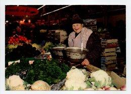 - CPM NANCY (54) - La Marchande De Légumes Au Marché Couvert 1986 - Editions STANISLAS - - Nancy
