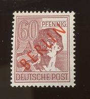 60 Pff Berlin Rouge. Yv 14b. Cote 15,-E. Postfrich Sans Charnière - [5] Berlin