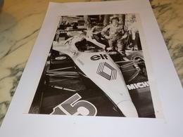 PHOTO ALAIN PROST ET RENAULT 1976 - Automobile - F1