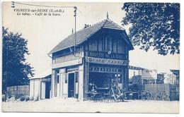 Cpa...Vigneux-sur-Seine...(S.-et-O.)...le Tabac.. Café De La Gare....animée...1933.. - Vigneux Sur Seine