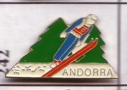 G242 Pin's Spain Espana Espagne Andorre Andorra Ski Achat Immédiat - Wintersport