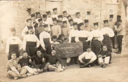 MAROC  OUDJDA CARTE PHOTO DES ZOUAVES À OUJDA En 1911 - Maroc