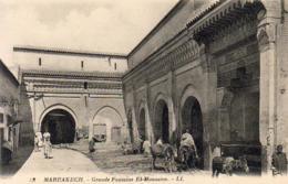 MAROC  MARRAKECH  Grande Fontaine El Mouasine - Marrakech
