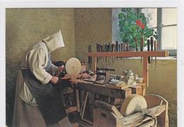 Cerniat, Chartreuse De La Valsainte. Moine Dans Son Atelier. Format 10 X 15 - FR Fribourg
