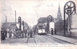 59 - Nord -  TOURCOING - Le Pont Hydraulique Sur Le Boulevard Tourcoing Lille - Tourcoing