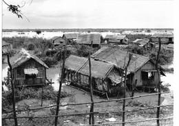 Photo Cambodge Maisons Sur Pilotis Abritant Des Minorités Marginalisées Photo Vivant Univers - Places