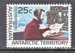 AAT  L 16    **   POLAR  RADIO  OPERATOR - Unused Stamps