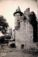 Collonges La Rouge Tour D'angle Et Le Clocher De L'eglise 1954       CPM Ou CPSM - Other Municipalities