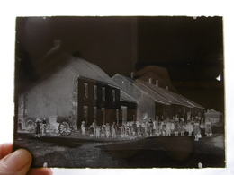AVRECOURT ROUTE DE RANCONNIERES SORTIE DES CLASSES PLAQUE DE VERRE PHOTOGRAPHE MERGER A HORTES  17.5 X 12.5 - Diapositiva Su Vetro