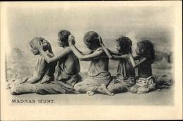 Cp Indien, Madras Hunt, Frauen Entlausen Sich Gegenseitig - Indien