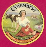 Etiquettes De Fromage.  Camembert Fabriqué à Damelevières  (M&M).   Neuve. - Cheese
