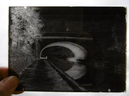St VALLIER LE CANAL PLAQUE DE VERRE PHOTOGRAPHE MERGER A HORTES  17.5 X 13 CM - Diapositiva Su Vetro