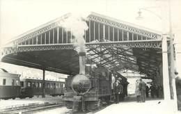 GARE DE TULLE; Photo Laurent Format Carte Ancienne . - Gares - Avec Trains