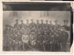 Militaire Bulgare ? C.1930  Photo Montage - Surréalisme - Bulgarie ? Officier Médaille - War, Military