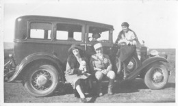 MAROC // SOUVENIR DE SEBA AYOUN LE 2 MARS 1931 - 4 PHOTOS ORIGINALES - C'EST LA MÊME AUTO ( PONTIAC OAKLAND ?) - - Automobiles