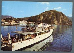°°° Cartolina - Terracina Porto D'attracco E Monte Giove Viaggiata °°° - Latina