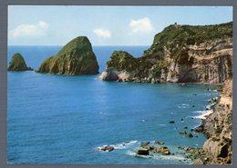 °°° Cartolina - Isola Di Ponza I Faraglioni Viaggiata °°° - Latina