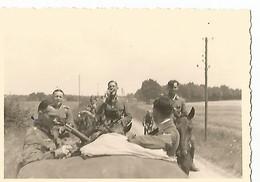 Orig Photo All WW2 :  REMIREMONT , Vosges ( 88 ) Convoi De Véhicules, Campagne De France , 20 Juin 1940 - 1939-45