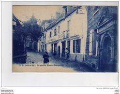 PLOERMEL - La Rue Des Francs Bourgeois - Très Bon état - Ploërmel