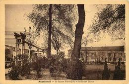 VAL D'OISE  ARGENTEUIL  Square Pierre Joly Et Les écoles Carnot - Argenteuil