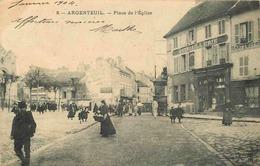 VAL D'OISE  ARGENTEUIL  Place De L'église - Argenteuil