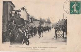 1911 - LA REVOLUTION DES VIGNERONS AUBOIS - BAR SUR SEINE OCCUPE MILITAIREMENT - L'ARRIVEE DES CHASSEURS A CHEVAL - BELL - Bar-sur-Seine